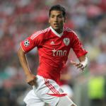 Ezequiel Garay looks to be Moyes' first signing for Manchester United