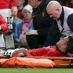 Van Persie sidelined for United