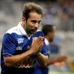 Analysing Manchester United's January Transfer Target Everton Ribeiro