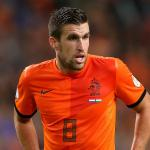 United warned over Strootman