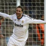 Arsenal agree personal terms with Real Madrid strker Higuain