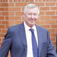 Ferguson backs Van Gaal to thrive