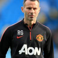 Giggs looks to learn from Van Gaal