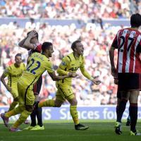 Kane clanger hands Sunderland draw