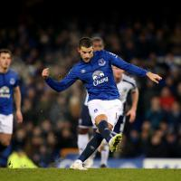 Mirallas miss costs Everton