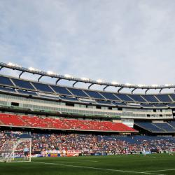 With season near, MLS averts player strike