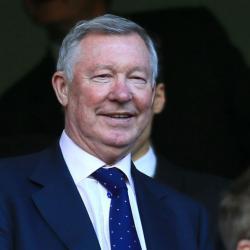 Sir Alex Ferguson got photobombed at the Europa League final