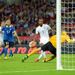 England stay perfect with Estonia win