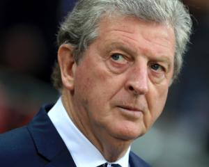 Crystal Palace turn to Roy Hodgson after sacking Frank de Boer