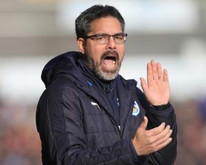 Huddersfield hold Manchester City to earn FA Cup replay