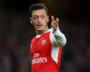 Arsenal 2-0 Man Utd: Match Report