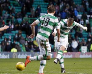 Celtic stretch lead with win over Inverness