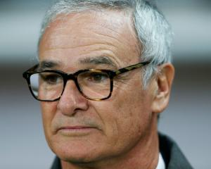Greece coach Ranieri in rough start