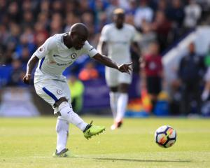 Ex-Leicester midfielder N'Golo Kante nets Chelsea's winner at King Power Stadium