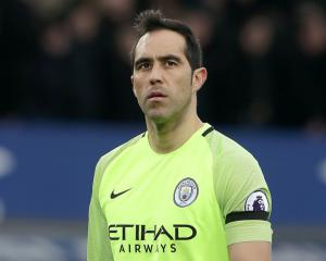 Guardiola maintains Bravo is 'top goalkeeper' despite axing him from City side