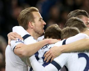 Mauricio Pochettino: Spurs have to ignore Premier League table