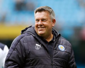 Shakespeare signs three-year deal as Leicester manager
