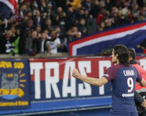 Neymar's absence no problem for PSG as they brush aside Nice