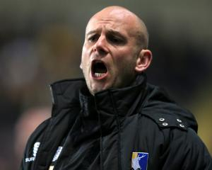 Adam Murray quits as Mansfield manager