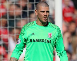 Victor Valdes has 'massive part to play', says Middlesbrough boss Steve Agnew