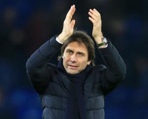 Antonio Conte gearing up for Anfield test as Chelsea begin 'very important' week