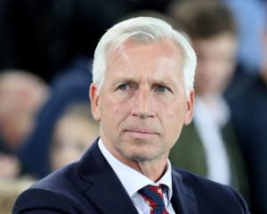 Alan Pardew in frame to become Norwich's new manager