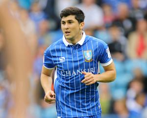 Three sent off as Sheffield Wednesday hang on to beat Preston