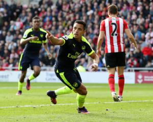 Injury boost for Sanchez and Arsenal as striker passed fit for Chile qualifier