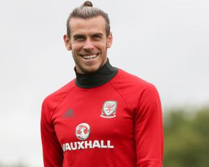 Wales keen to play down row with Real Madrid over Gareth Bale's calf injury