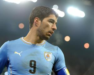 World Cup Doubts For Suarez in Meniscus Training Injury