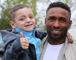 Jermain Defoe leaves training camp in Spain to attend Bradley Lowery's funeral