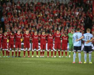 Liverpool cruise to victory over Sydney