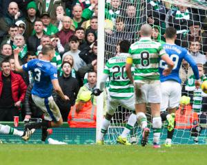 Clint Hill goal earns Old Firm point for Rangers