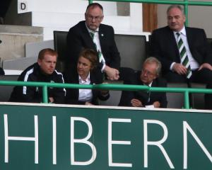 Neil Lennon hits out at 'nonsensical' double punishment in Hibs debut defeat