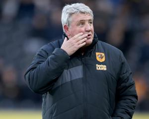 Steve Bruce 'disappointed' by anti-Allam protests