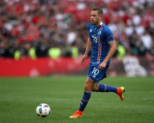 Icelandic ace Gylfi Sigurdsson agrees new long-term Swansea deal