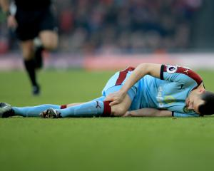 Burnley midfielder Dean Marney out for the season with knee injury