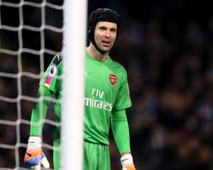 Petr Cech shows off his cat-like reflexes