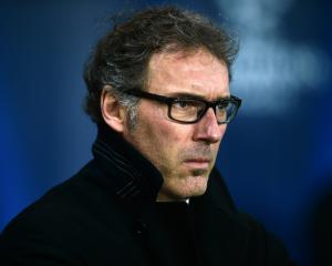 Laurent Blanc pleased PSG kept plugging away to topple Guingamp