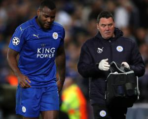 Leicester defender Wes Morgan to miss Arsenal trip due to injury