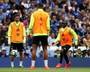 Transfer News - Italian giants target Chelsea midfield star