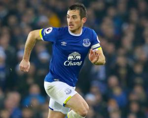Leighton Baines calls on Everton to build on festive success
