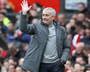 Mourinho hails transfer market saving on Lukaku and Matic deals