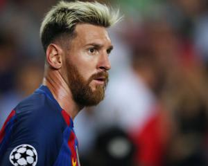 Barcelona remain without Lionel Messi for Champions League clash at Gladbach