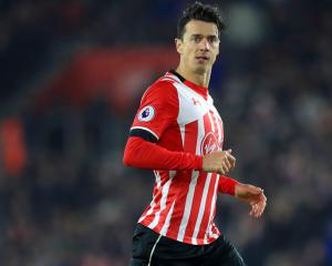 Southampton captain Jose Fonte closing in on West Ham deal worth up to £9million