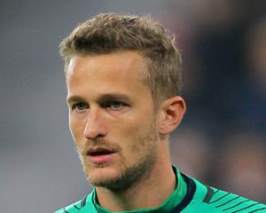 Burnley sign former Manchester United goalkeeper Anders Lindegaard