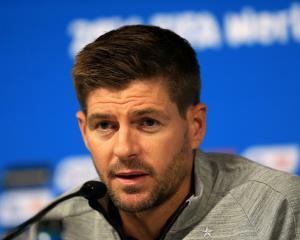 Keane stars at Gerrard presentation