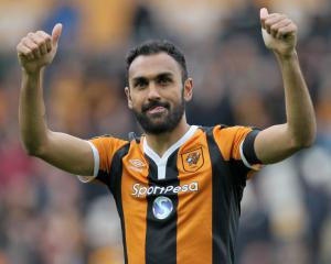 Ahmed Elmohamady reunited with Steve Bruce at Aston Villa