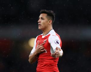 Sanchez staying at Arsenal - Wenger