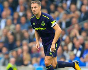 Everton's Phil Jagielka: We will keep working hard to get out of 'tough period'